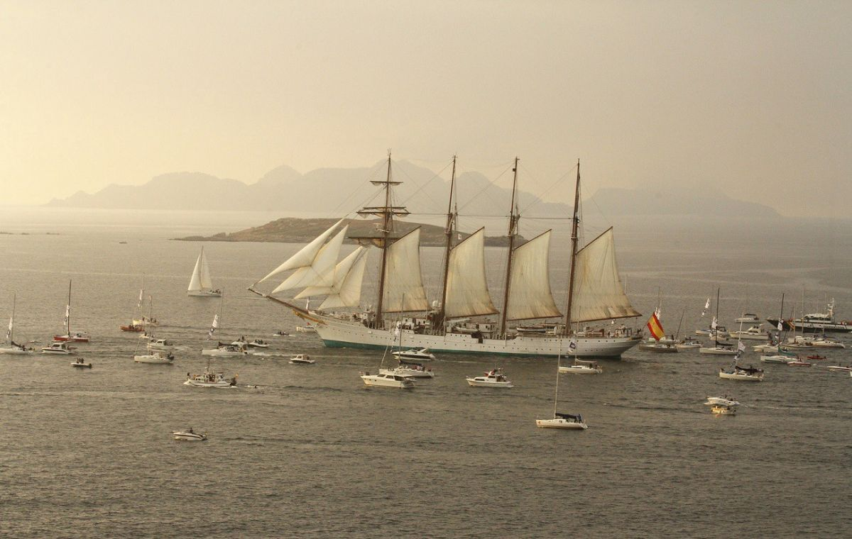 Spanish Navy Sailors Smuggled Cocaine Inside a Giant, 1920s-Era Sailboat