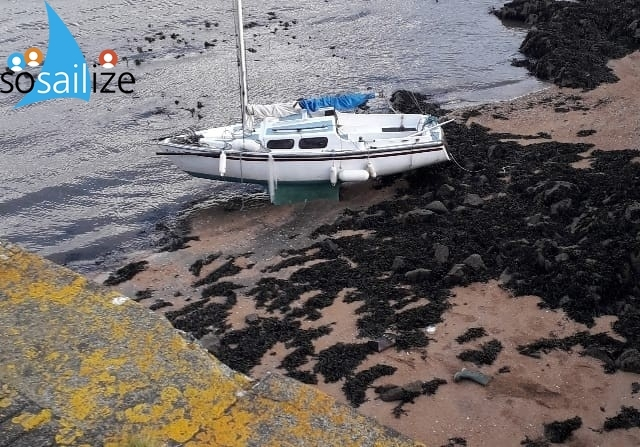 River Forth, Scotland : This is Rosie RFound on the beach to the Aberdour side of Dalgety Bay, do you know who owns her??please callGordon Barton, Senior Maritime Operations OfficerMaritime & Coastguard Agency4th Floor, Marine HouseBlakies QuayAberdeenAB11 5PBTel +44 (0)1224 592334