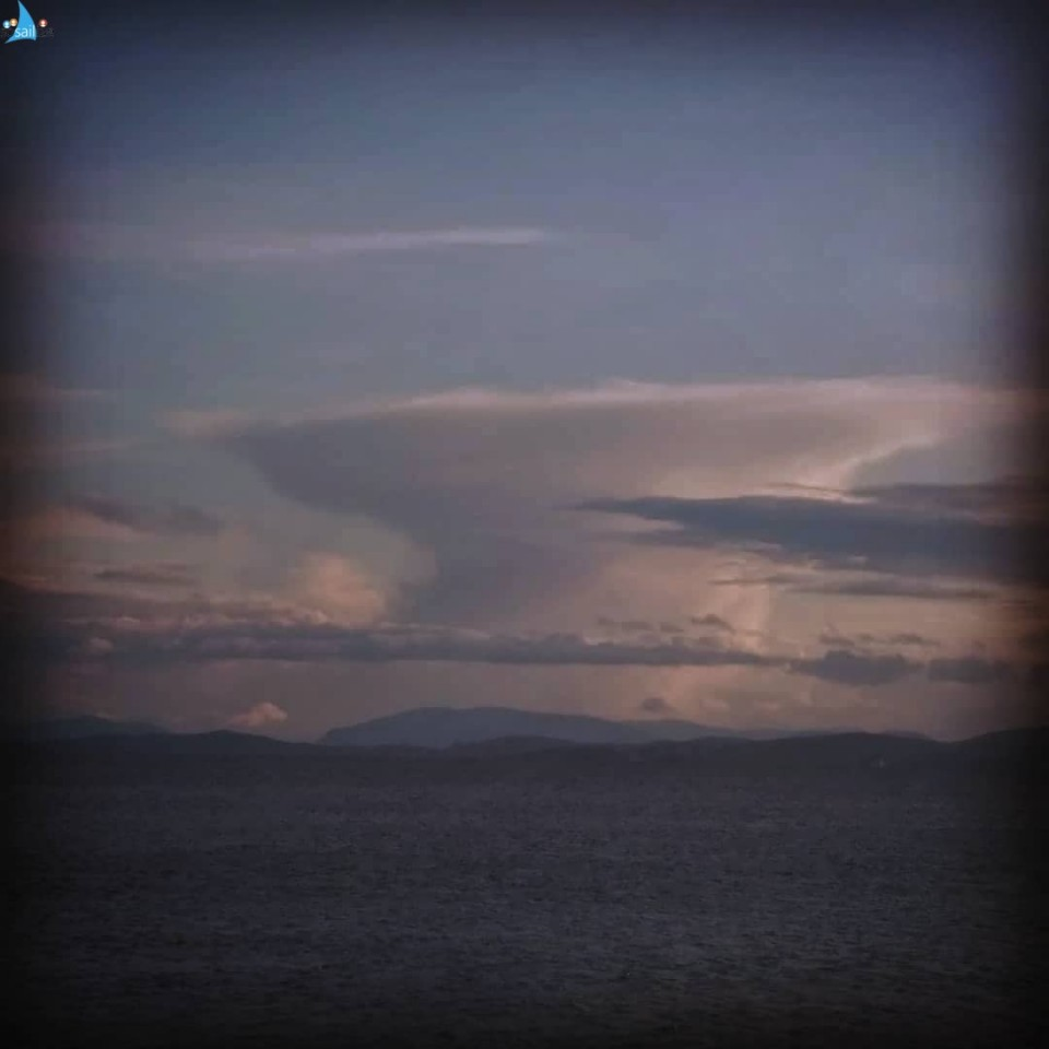 """I love clouds! They tell us so much.  <br />Will it rain? Is there wind coming? <br />Are they good weather clouds? <br />Is there a storm building in the distance? <br /><br />Today, our soon to be 80 years old neighbor Gwen from the pirate boat, a few boats apart from us said: """"Don't cast a cloud till May is well out"""". With her half Irish/Scottish accent it sounded like a fairy tale, although it was only one sentence 😁.  <br /><br />Anyhow, picture 1, I took this a few days ago, this cloud attracted my attention and I stared at it for a long time. It is quite different from all the others because the top is very high in the sky; the stratosphere and the lowest part is kilometers away. A very vertically long cloud, I would say... amazing... <br /><br />For the other cloud porn addicts the wikipedia description: <br /> <br />Picture 1: A cumulonimbus incus (Latin incus, """"anvil"""") also known as an anvil cloud is a cumulonimbus cloud that has reached the level of stratospheric stability and has formed the characteristic flat, anvil-top shape. It signifies the thunderstorm in its mature stage, succeeding the cumulonimbus calvus stage.<br />Photographer me ;-) <br /><br />Picture 2: Cumulonimbus calvus is a moderately tall cumulonimbus cloud that is capable of precipitation but has not yet reached the tropopause. <br />Photographer Matthew T Rader<br />.<br />#reading #clouds #cloudporn #cumulonimbus #mackerelsky #halo #ice #rain #wind #gusts #sun #weather #meteorology #shapes #high #atmosphere #troposphere #statosphere #nature #isobars #gusts #cold #warm #sailing #reading #clouded #sailinstagram #sailboat #liveaboards #mutineers #pirates"""
