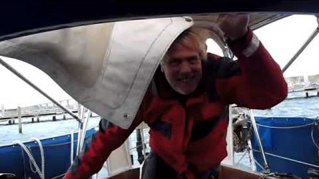 s/v Blaatunge. Docking problems, and ready for the winter. Video 86