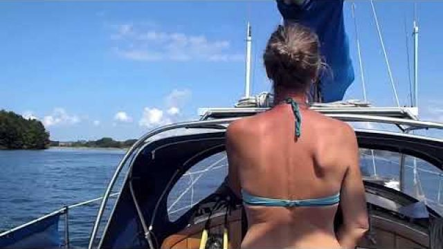 s/v Blaatunge, sail to put Trine on land. 2017 video 79