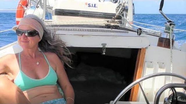Breezy Sail To Hardy Reef Lagoon! (Sailing SV Sarean) Ep. 18