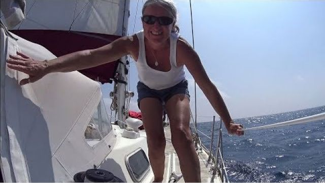 Downwind Sailing From Cape Upstart (Sailing SV Sarean) EP. 30