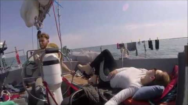 Sailing South Coast UK - IOW - Dorset - Seals, Durdle door and waiting for some wind! Ep.4