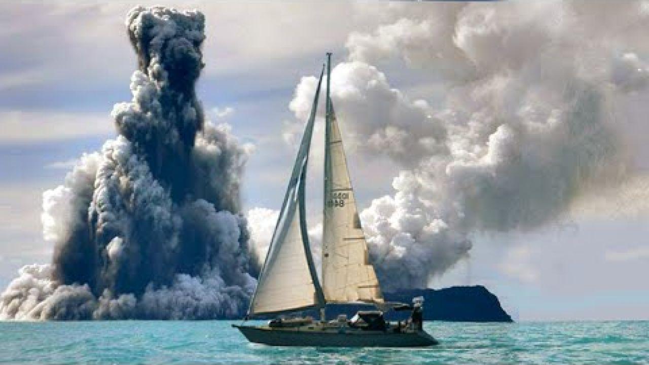 Anchoring Next to an Active Underwater Volcano   Sailing Balachandra E072