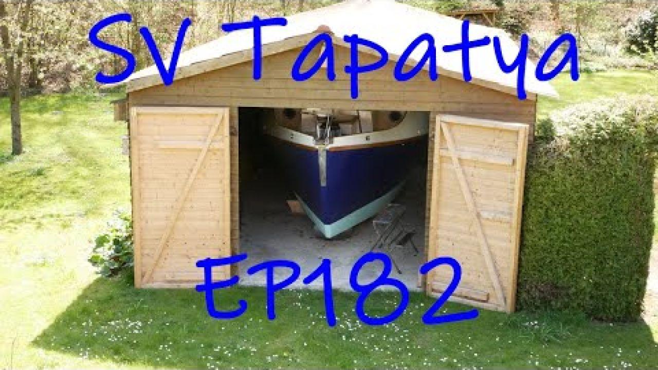Rudder beginnings, quarterberth finishings, sole ongoings - SV Tapatya EP182