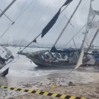 Aftermath Video : Storm Gloria Beaches Sailboats on Shores o...