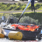 |Video| Two found dead after Geelong Sailboat fire - Victori...